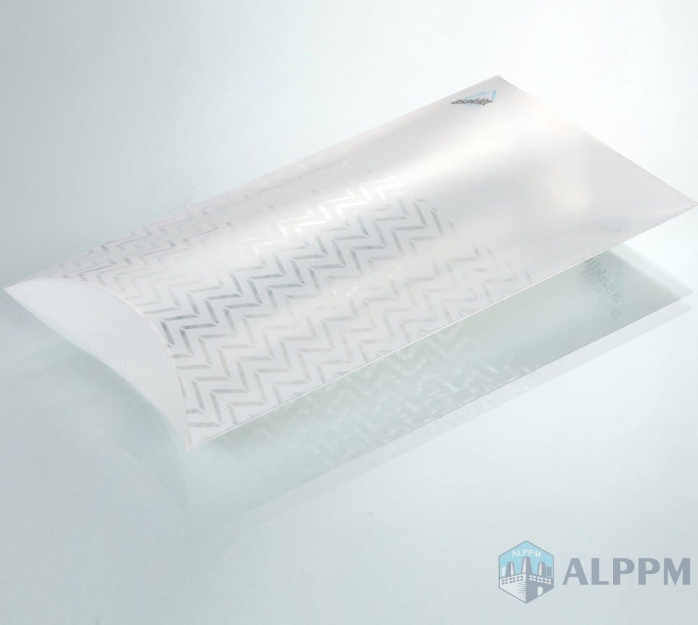 Clear PP/PVC/PET Corrugated Packaging Box for Clothing Packaging