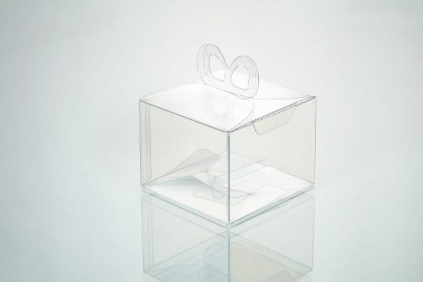 transparent boxes with bow-shaped ribbon hanger