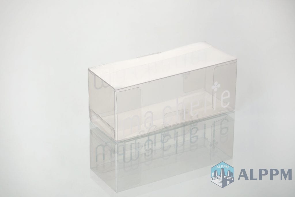 clear oblong shape plastic boxes