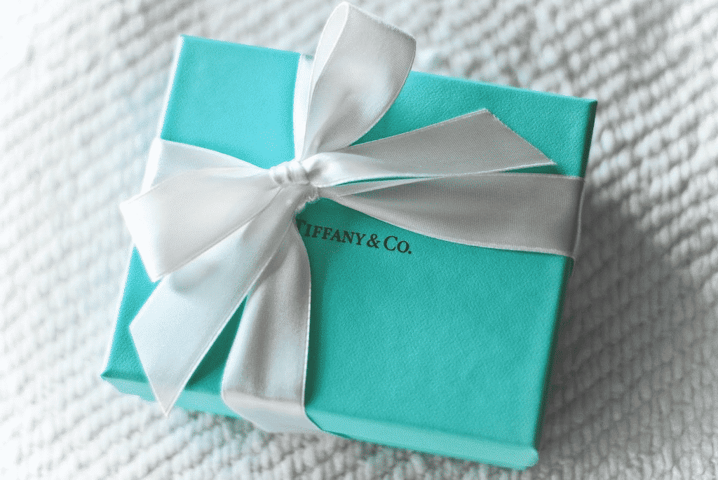 How to Design Packaging for Jewelry